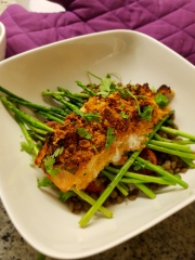 Almond, parmesan and lemon encrusted salmon